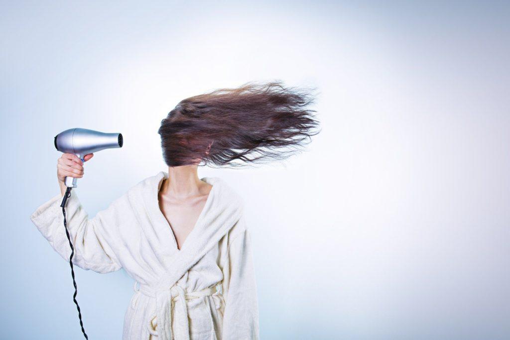 Haarausfall Frauen & Männer - diese helfen